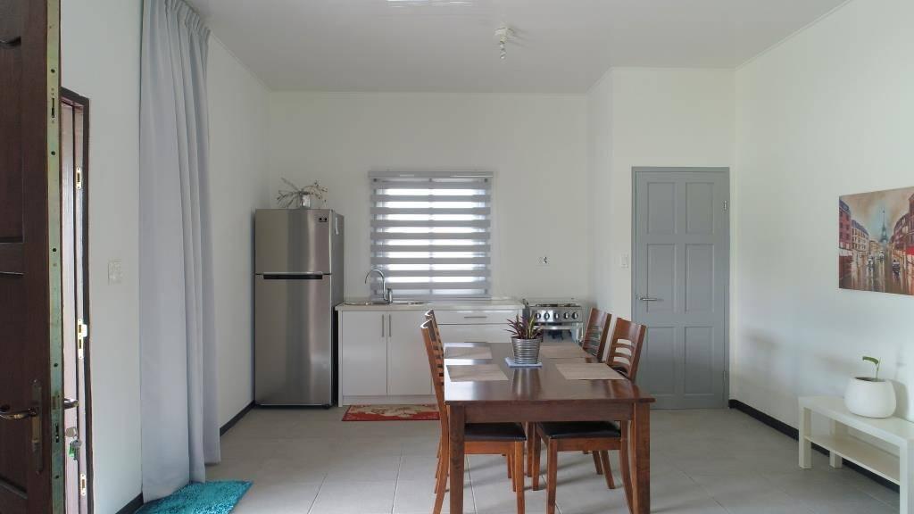 Bazaltstraat Tourtonne Paramaribo Huurwoning V0003 Surgoed Makelaardij NV 01 - Bazaltstraat 143