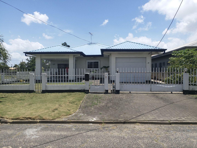 Emile de La Fuentestraat 27 - Beschikbaar per 1 augustus 2019 - Surgoed Makelaardij NV - Paramaribo, Suriname
