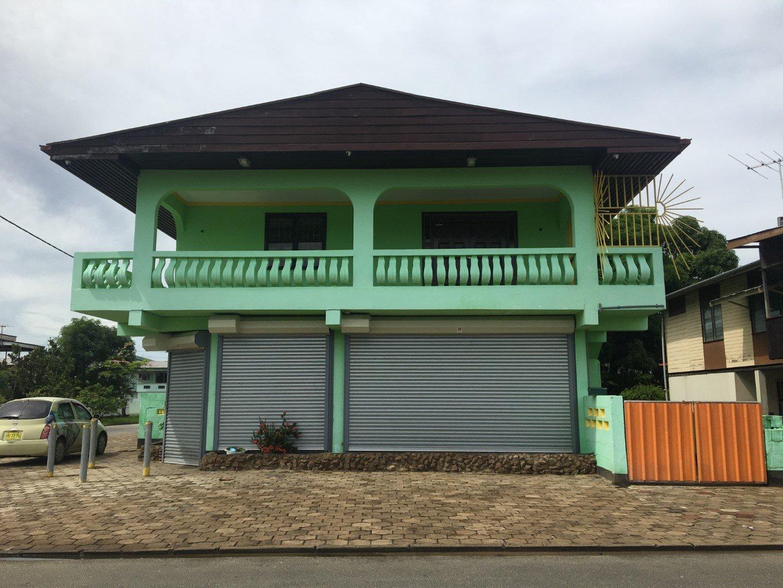 Hermitageweg hk Henkielaan - Interessant zakenpand te Uitvlugt. - Surgoed Makelaardij NV - Paramaribo, Suriname