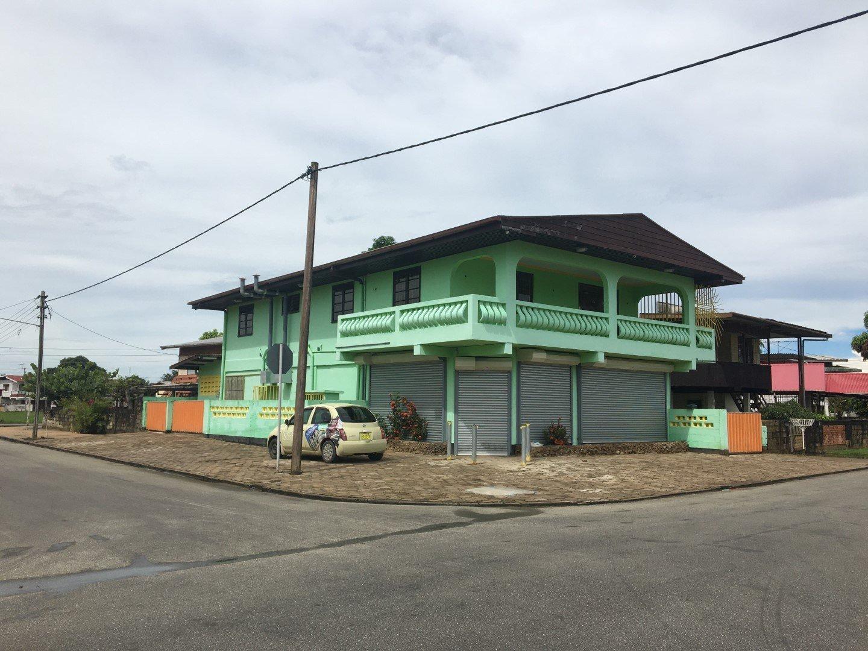 Hermitageweg hk Henkielaan Uitvlugt Paramaribo Surgoed Makelaardij NV W0454B6 3 - Hermitageweg hk Henkielaan