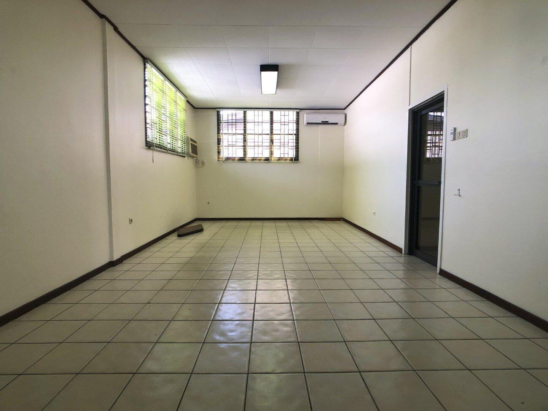 Prins Hendrikstraat 6 Centrum Paramaribo Surgoed Makelaardij NV Huurpand H0321B6 13 - Prins Hendrikstraat 6