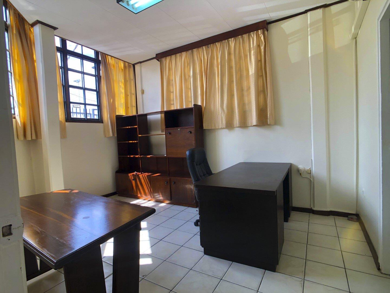Prins Hendrikstraat 6 Centrum Paramaribo Surgoed Makelaardij NV Huurpand H0321B6 17 - Prins Hendrikstraat 6