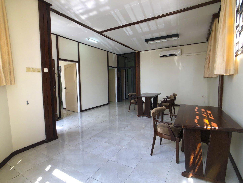 Prins Hendrikstraat 6 Centrum Paramaribo Surgoed Makelaardij NV Huurpand H0321B6 18 - Prins Hendrikstraat 6