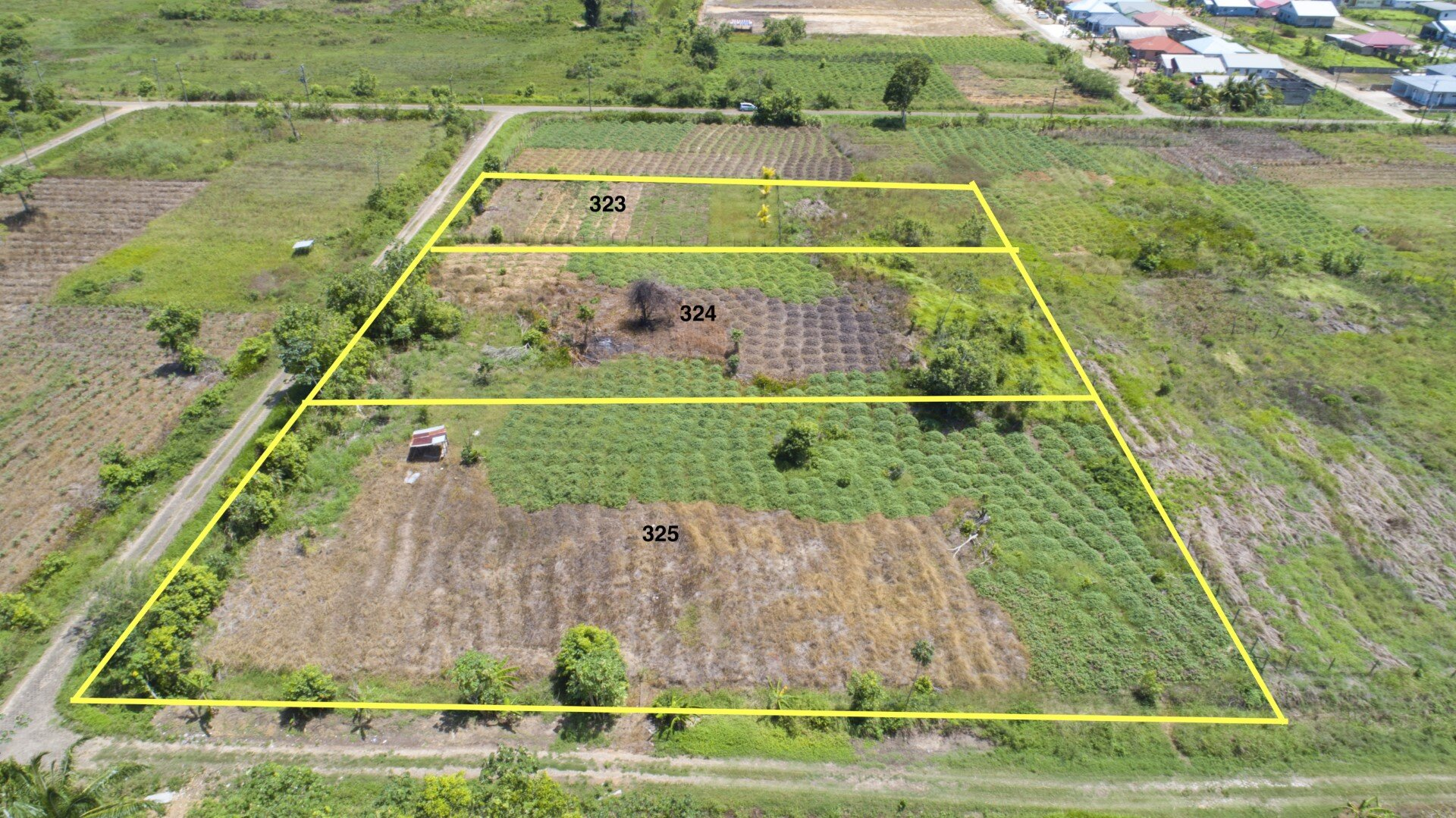 Atreusweg perceel nr. 323, 324 & 325 - 3 ruime percelen te Garnizoenspad - Surgoed Makelaardij NV - Paramaribo, Suriname