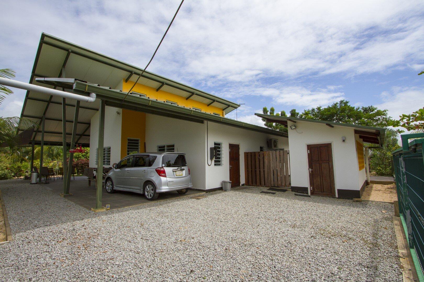 Garnalenweg - Rustig en comfortabel wonen op een ruim en flexibel terrein - Surgoed Makelaardij NV - Paramaribo, Suriname