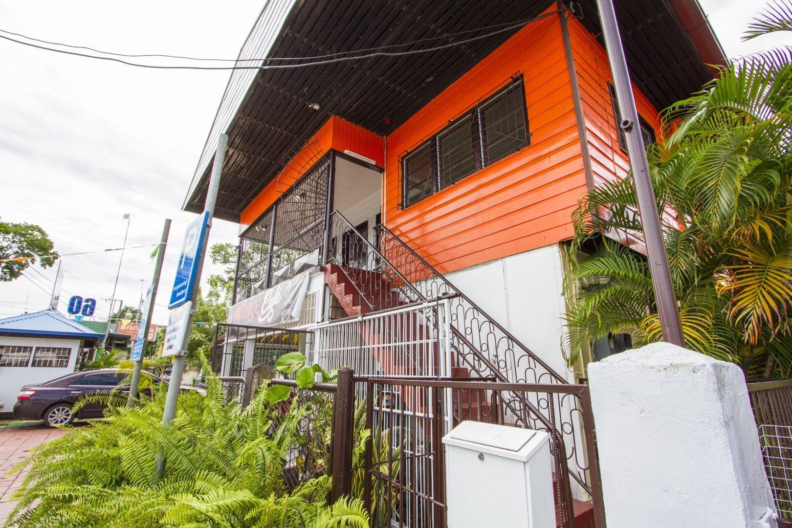 Sommelsdijckstraat nr. 1 - Representatieve kantoorruimten hartje Centrum - Surgoed Makelaardij NV - Paramaribo, Suriname