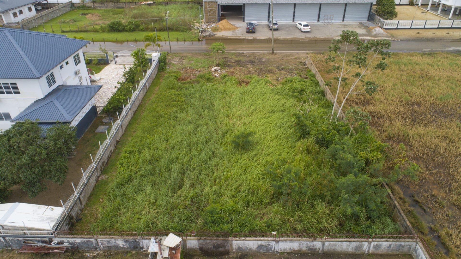 Powisistraat Perc. 315 - Perceel gelegen aan de Powisistraat - Surgoed Makelaardij NV - Paramaribo, Suriname