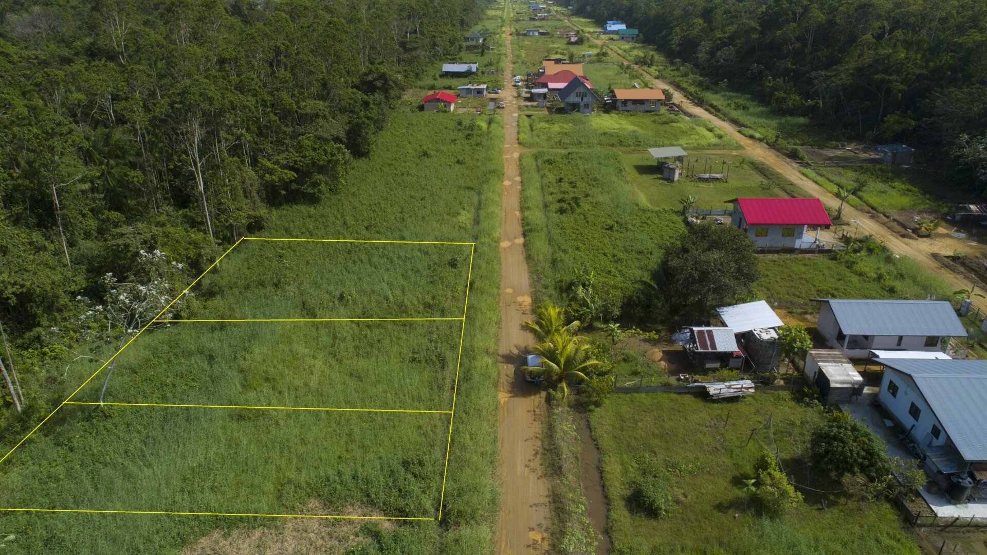 Isabellaproject 583 - Landelijk gelegen eigendomskavels te Saramacca - Surgoed Makelaardij NV - Paramaribo, Suriname